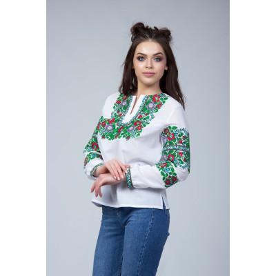 Вишита блуза з флористичним орнаментом