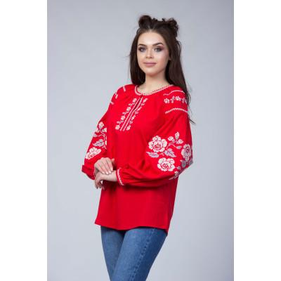 Красная вышитая блуза с белой вишивкой