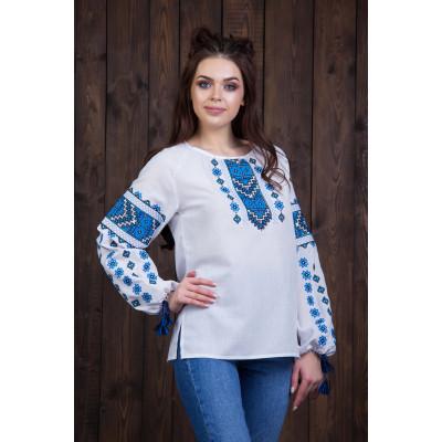 Жіноча вишита блуза з синьою вишивкою