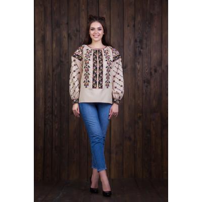 Жіноча вишита блуза з національним орнаментом