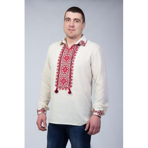 Чоловіча вишиванка з червоним орнаментом