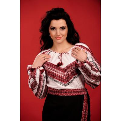 Жіноча вишита блуза з червоно чорною вишивкою