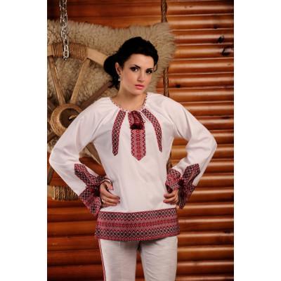 Жіноча вишита блуза з широким рукавом