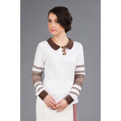 Жіноча вишита блуза з коміром