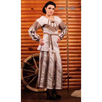 Вишитий жіночий костюм з довгою спідницею