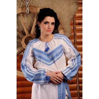 Біла вишита блуза з синьою вишивкою