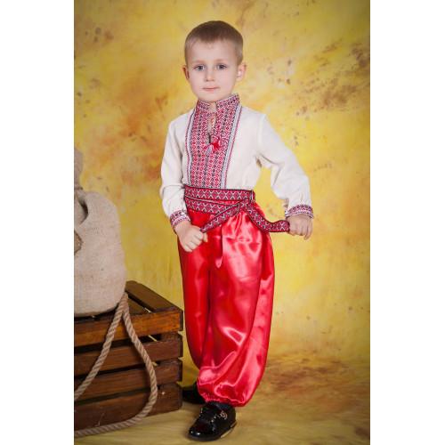 Вишитий дитячий костюм для хлопчика