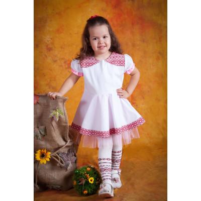 Вишитий дитяче плаття
