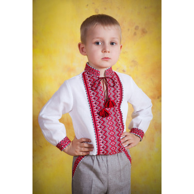 Вишиванка дитяча для хлопчика з національним орнаментом