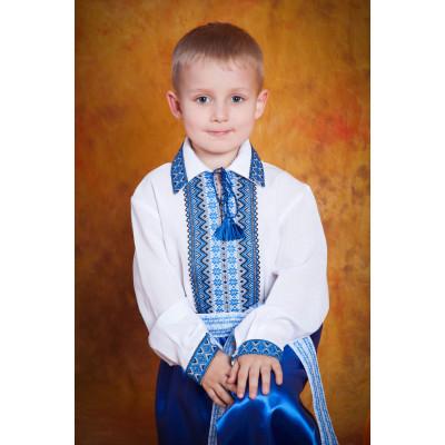 Сорочка вишита для хлопчика з синьою вишивкою