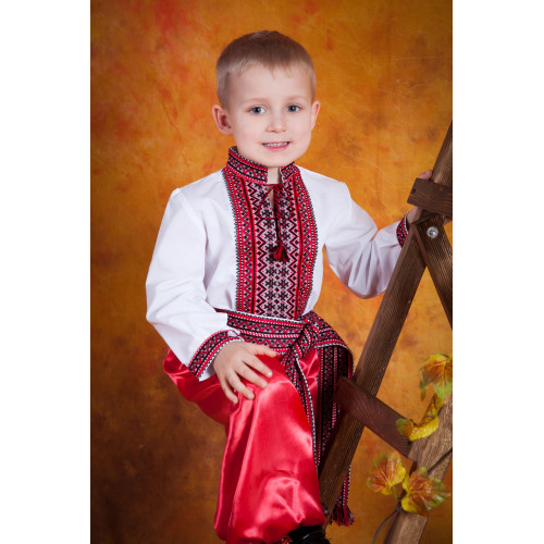 Вишиванка дитяча для хлопчика з червоно чорною вишивкою