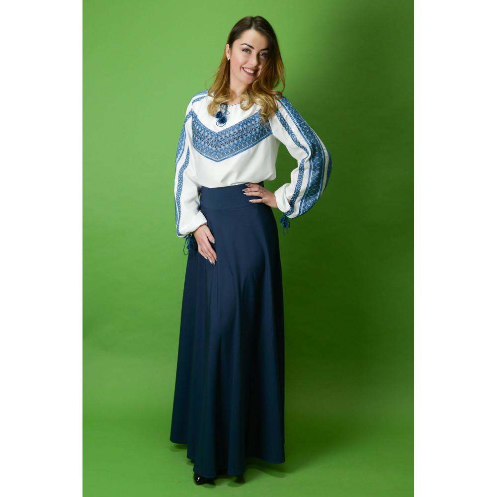 Вишитий жіночий костюм - від виробника Magtex c38b1792f81be