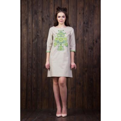 Лляне плаття із зеленою вишивкою