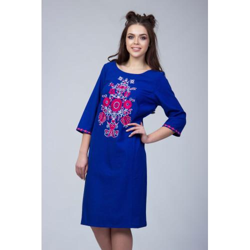 Синє жіноче плаття з вишивкою